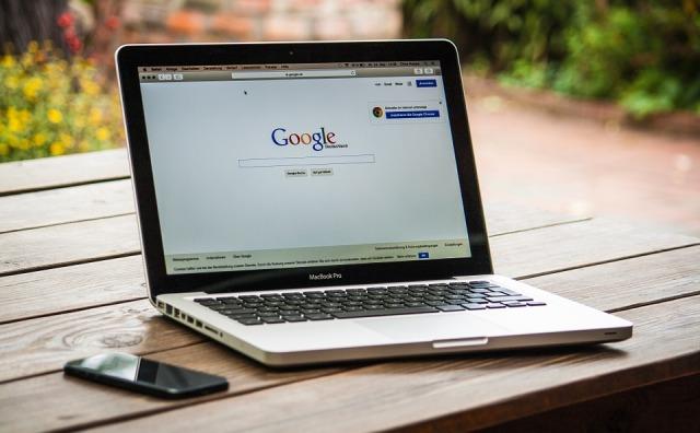 tu nombre enGoogle que dé resultados, que dé los resultados que tú buscas, ocúpatey cuida la información que Google ofrece de ti.