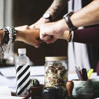 Las 5 mejores acciones para llevar tu curriculum a entrevista