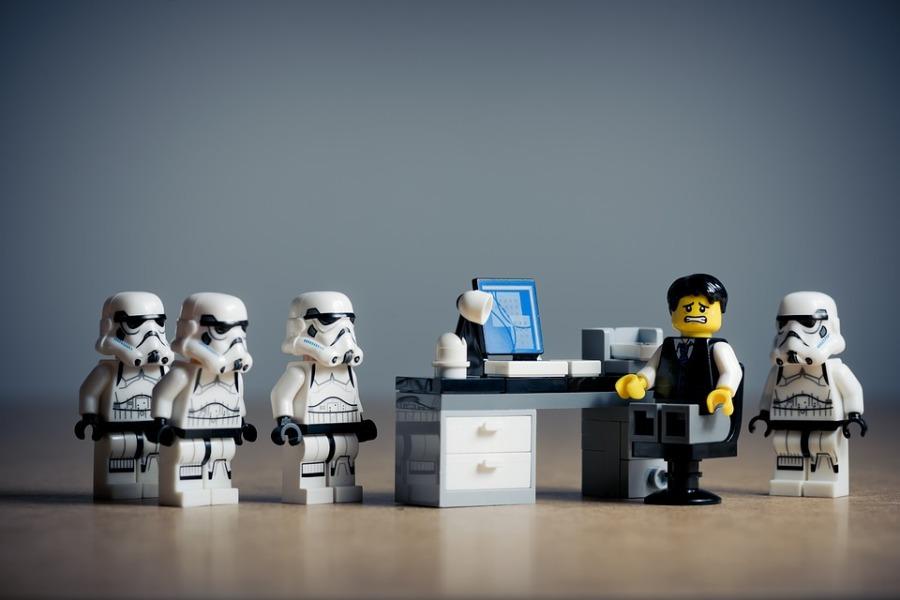 Situaciones distópicas en la oficina