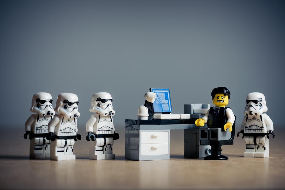 situaciones distópicas, de ese mundo imaginario en la oficina, el futuro del trabajo